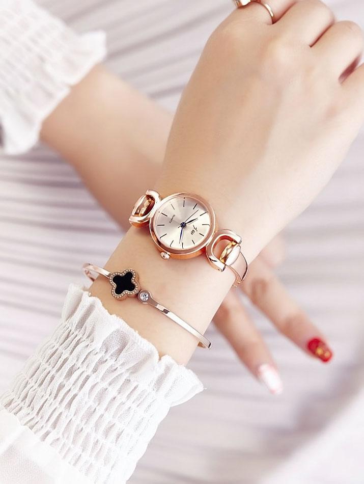 腕時計《配色ダイヤルデザインバングルドレスウォッチ 全2色》